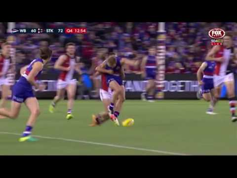 Mitch Wallis breaks his leg 2016