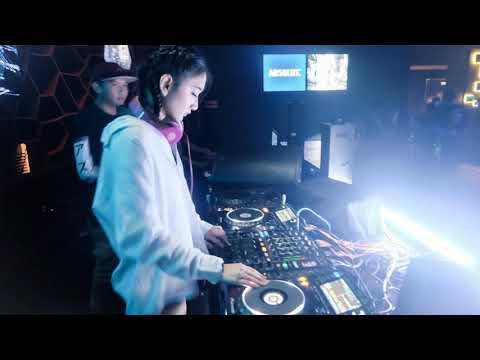 House Music Remix DJ Breakbeat OLD & NEW 2019 Nonstop DJ Terbaru 2019 DJ Party Mix