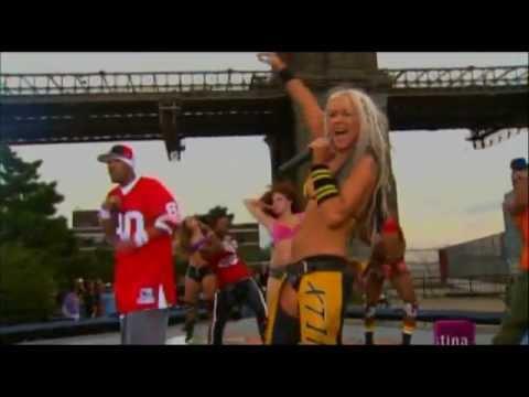 Christina Aguilera feat. Redman - Dirrty (live @ NYC 2003)