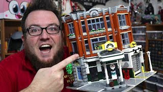 REVIEW: LEGO Corner Garage Modular Building 10264