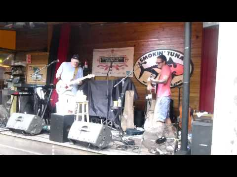 Nick Norman and Caffeine Carl covering Pearl Jam's Black Smokin Tuna 32715