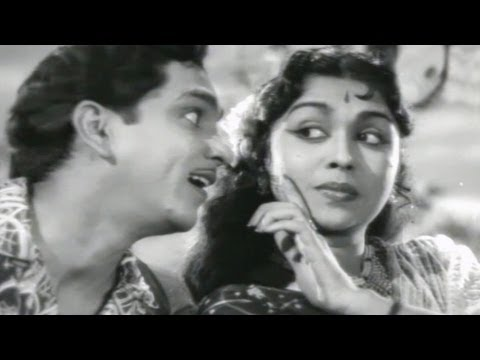 Pelli Kanuka Songs -  Kannulatho Palakarinchu Valapulu - Nageshwara Rao, B.Saroja Devi