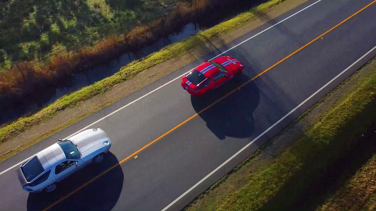 Porsche 928 drone Canada cruise MIRROR  image