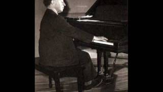 Schumann Arabeske C Major Op 18 Rubinstein Rec 1947.wmv