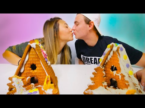 GINGERBREAD HOUSE CHALLENGE WITH MY BOYFRIEND!!