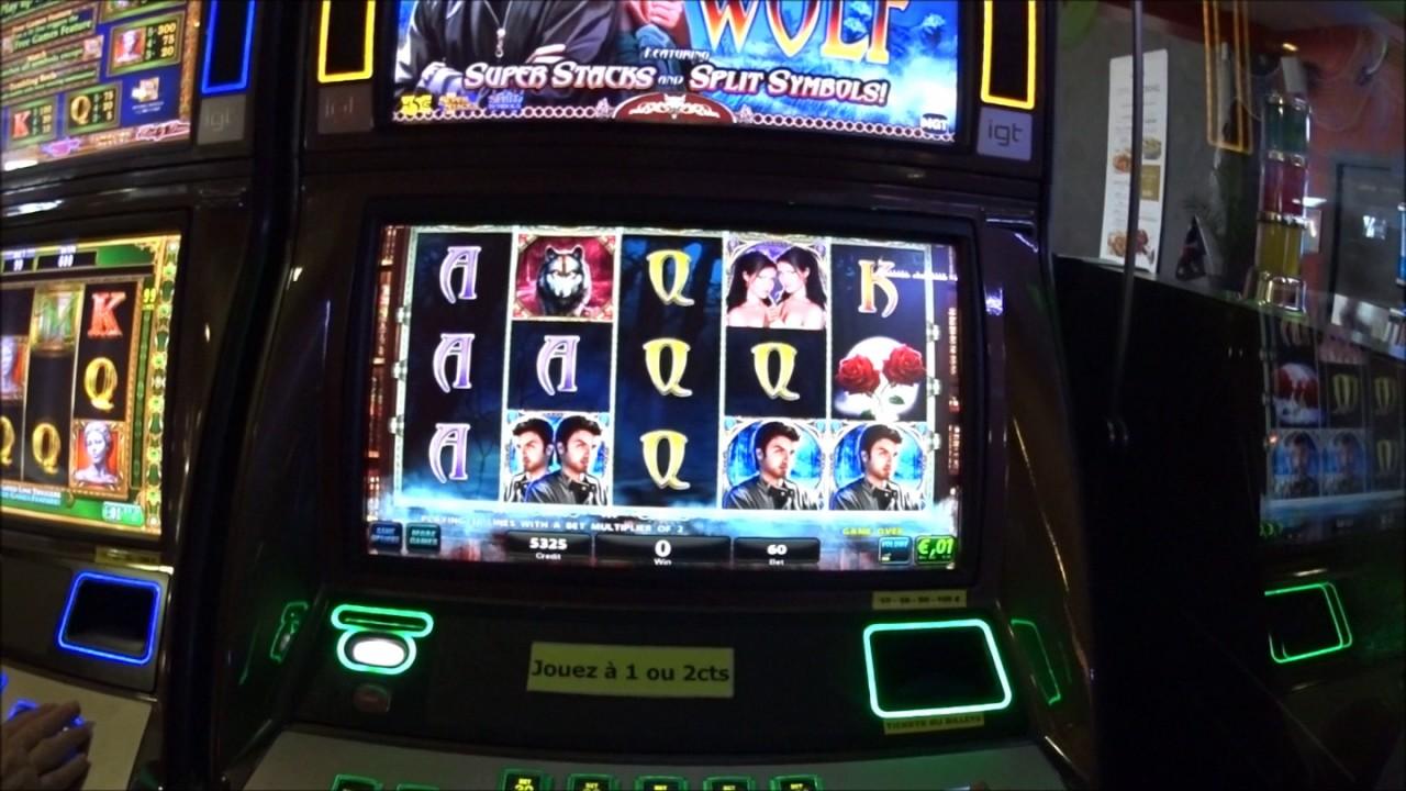 Casino avec machine a sous