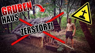 GRUBENHAUS von HATER ZERSTÖRT Bushcraft Shelter #013 - Lagerbau - Outdoor Camp | Fritz Meinecke