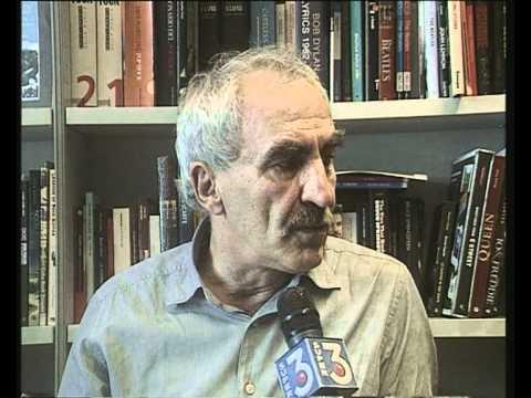 Intervista al giornalista musicale Gino Castaldo.mpg