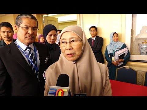 wan-azizah:-all-state-govts-will-receive-funds,-regardless-of-party
