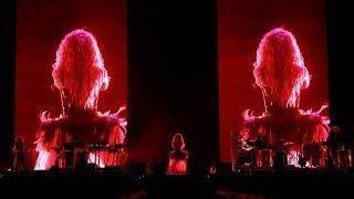 Shakira-LaLaLa/Waka Waka (Live El Dorado World Tour)
