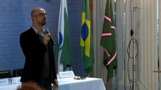 Segurança, ética e cidadania na internet: Educando para boas escolhas online - Rodrigo Nejm thumbnail