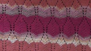 Вязание узора спицами для разноцветного джемпера. Схема. Видео урок.