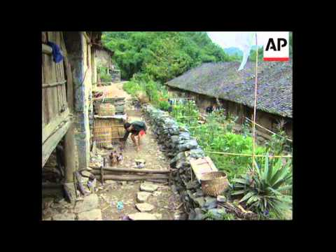 CHINA: GOVERNMENT ESTIMATE 60 MILLION PEOPLE LIVE BELOW POVERTY LINE