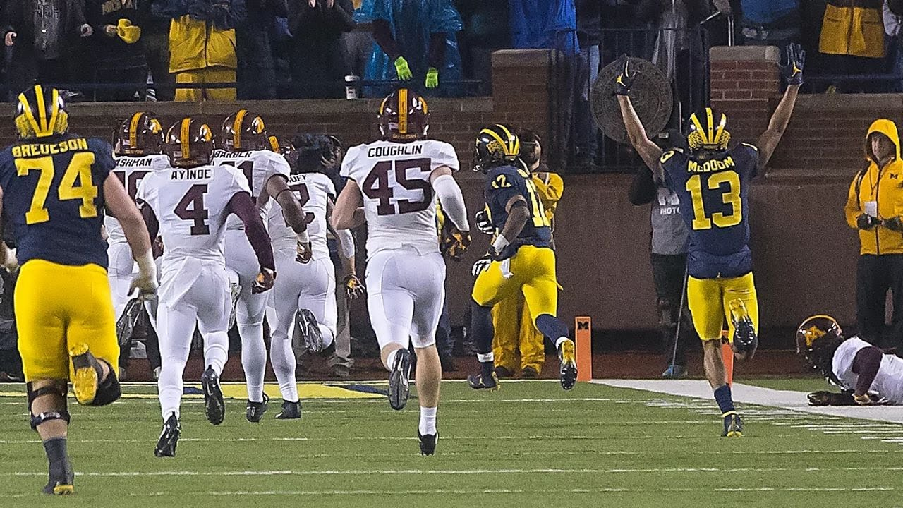 Michigan hits paydirt with long touchdown runs against Minnesota