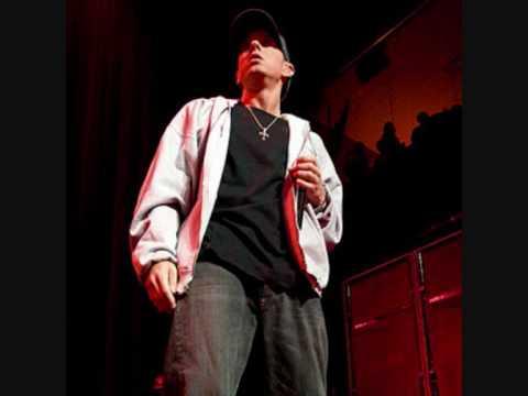 Eminem Ft. Rihanna - Love The Way You Lie download free mp3 megaupload