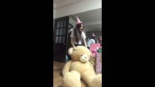 Hòa Minzy khui quà sinh nhật Fan tặng [Phần 2]