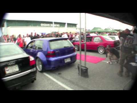 VW mk4 R32 Big Turbo vs VW mk2 r32 Turbo - Revving contest - by Unitronic