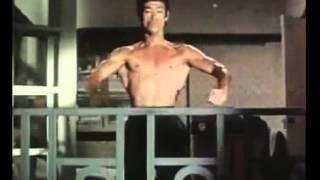 видео Тренировки Брюса Ли: техники и методики
