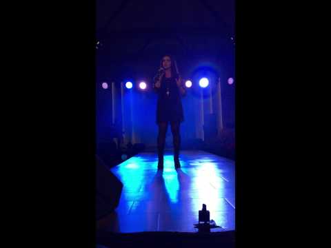 Adele-Turning Tables Cover Zuger Messe