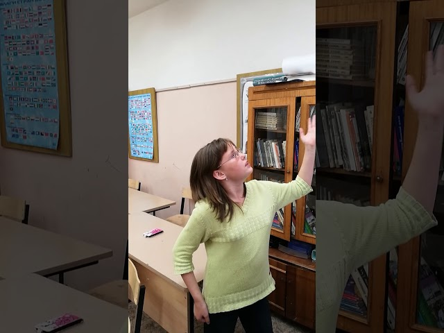 Изображение предпросмотра прочтения – «5 класс» представляют буктрейлер кпроизведению «Лень» В.Ю.Драгунского