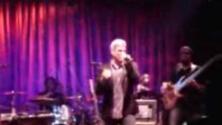 Watch Taylor Hicks Just To Feel That Way video