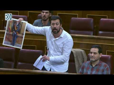 Bronca en el Congreso entre diputados del PP y Podemos