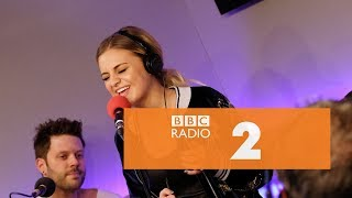 Kelsea Ballerini - Apologize (OneRepublic & Timbaland cover, Radio 2 Breakfast Show Session)