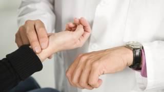 Как измерить и сколько ударов в минуту норма пульса у здорового человека?