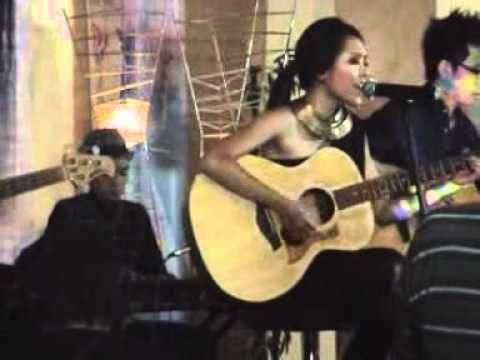 Free Download Lala Karmela Live In Grand Kemang Mp3 dan Mp4