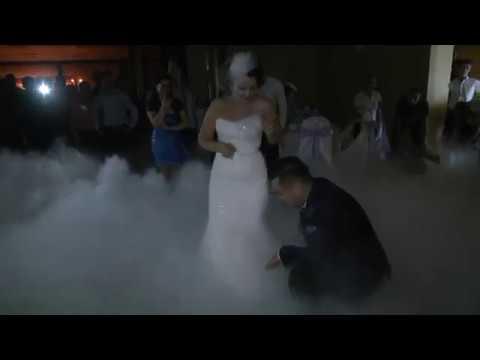 Dansul Mirilor ... Amalia si Cristi fotodelux.ro