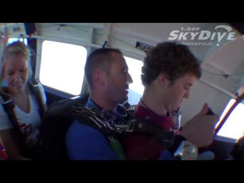Chase Singleton's Tandem skydive!