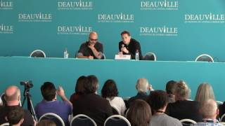 Video [Deauville 2016] Captain Fantastic press conference with Matt Ross download MP3, 3GP, MP4, WEBM, AVI, FLV Maret 2018