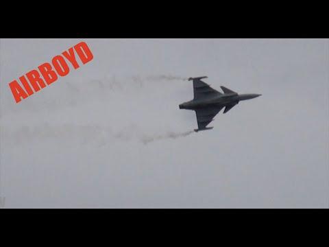 Saab Gripen - Farnborough Airshow 2012