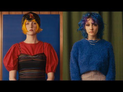 Смотреть клип Tessa Violet & Chloe Moriondo - Words Ain'T Enough