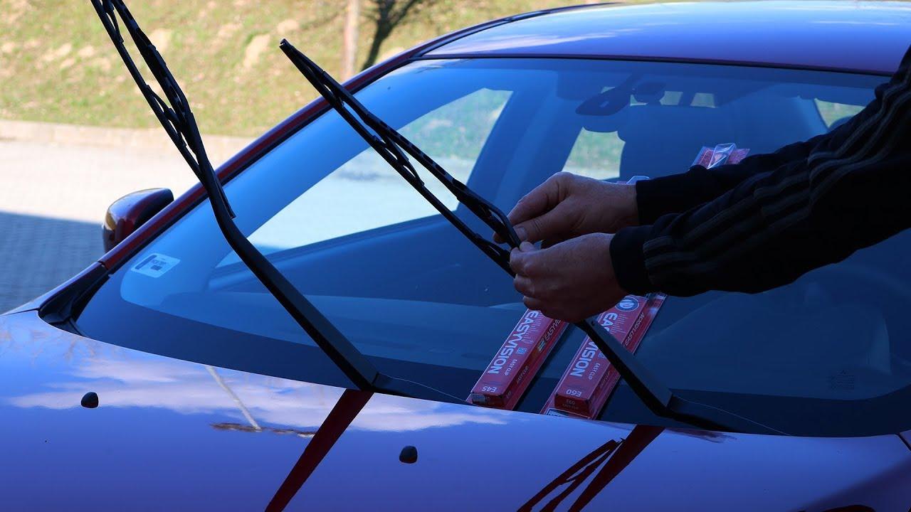 Mitsubishi Lancer - Windshield Wiper Replacement