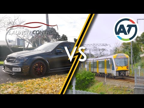 Auckland Train VS Mercedes: A Race For The Ages
