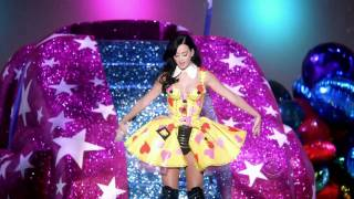 Katy Perry Teenage Dream Hot N Cold Best Perfomance Victoria