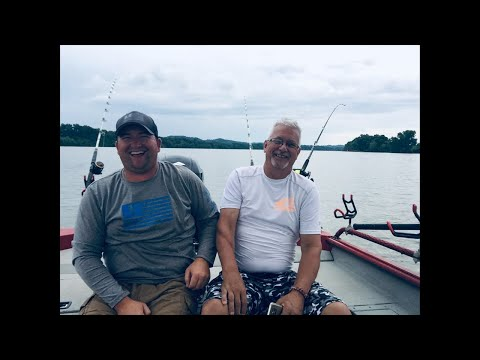 Live Drifting For Blue Catfish On The Ohio River