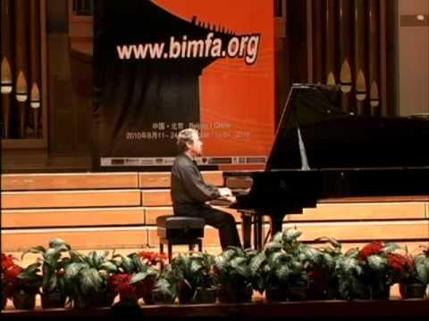 Alexander Braginsky plays Sonata No. 4, Prokofiev (3rd Mov.)