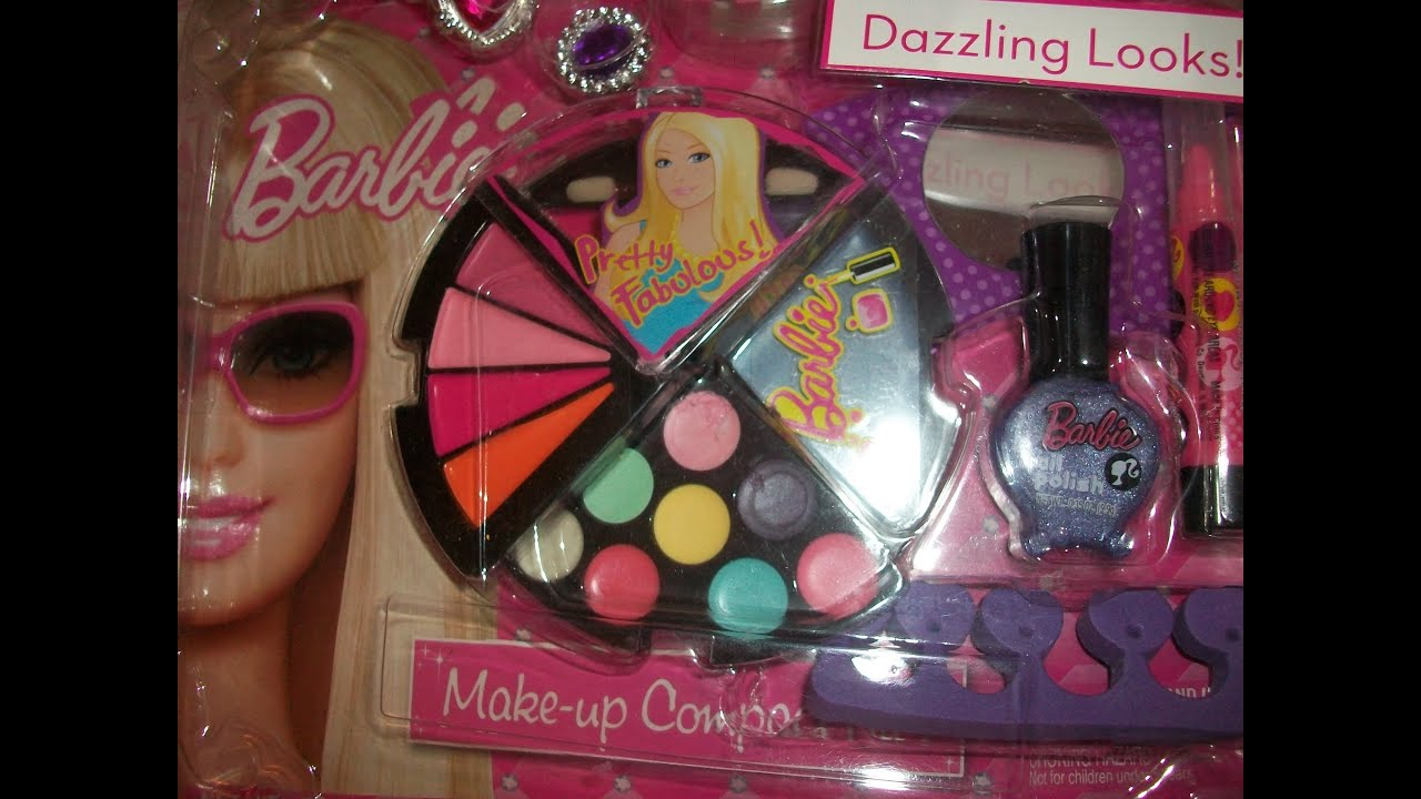 bacb9837321a ♥ Barbie Makeup Kit PRETTY FABULOUS ♥ - YouTube