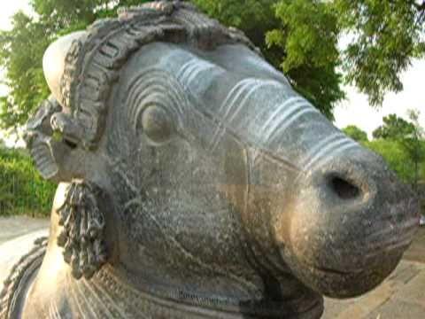 Basavanna at Doddabasappana Gudi, Dambal
