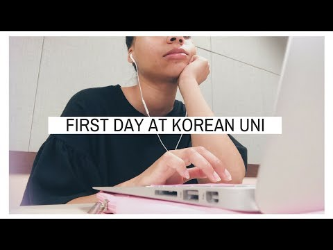 FIRST DAY AT A KOREAN UNIVERSITY 📚 // Korea Abroad