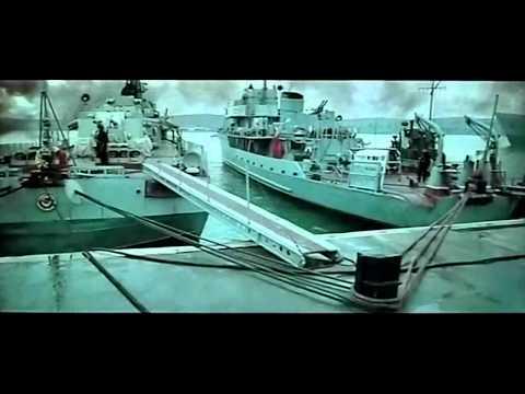 Военное кино море в огне