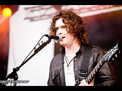 ANATHEMA's Vincent Cavanagh Discusses 'Distant Satellites', Songwriting & Musical Journey (2014)