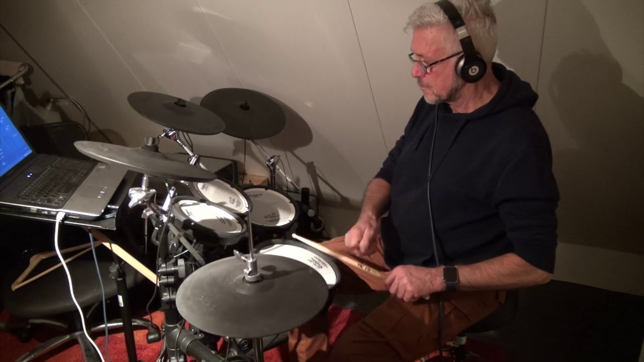 Drum cover 'So Incredible' - Ilse de Lange - by Riemer