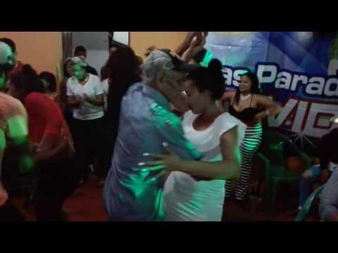 PARADAS NAVIDEÑAS EN EL MURO LA CEIBA LAS TERRENAS SAMANA MAYOR CALIDAD