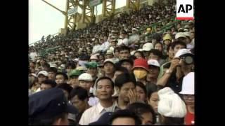 Football-crazed fans greet David Beckham stop in Vietnam