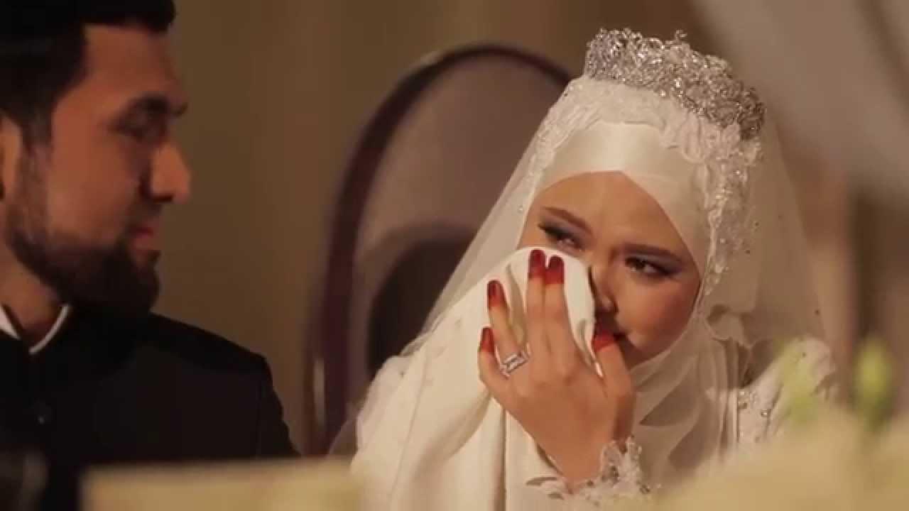 """Résultat de recherche d'images pour """"عروسة تبكي"""""""