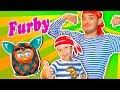 Furby. Пират Василич и  мальчик Вова играют с Фёрби. Pirate Vasilich and Vova boy play with Furby.