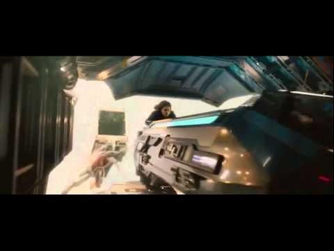 Scarlett Johansson (Black Widow) boot grab mid-air (Avengers Age of Ultron)Kaynak: YouTube · Süre: 11 saniye